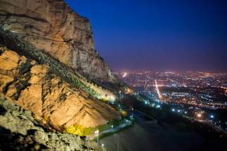 soffeh_mountain_nightview_web